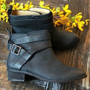Splendid matte black leather bootie Sz 7 new